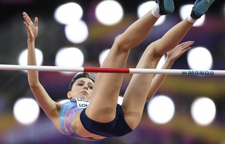 Мутко считает, что победа легкоатлетки Ласицкене на ЧМ является проявлением справедливости