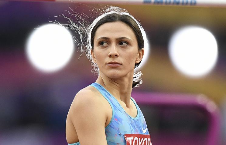 Исинбаева поздравила Ласицкене с уверенной и хладнокровной победой на ЧМ