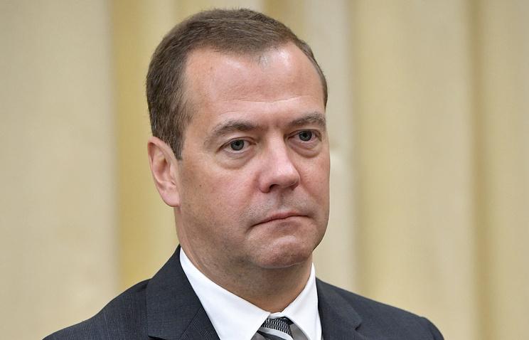 Медведев: кабмин поддержит любое решение спортсменов РФ об участии в Олимпиаде