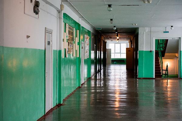 Все школы Саратова закрыли из-за эпидемии