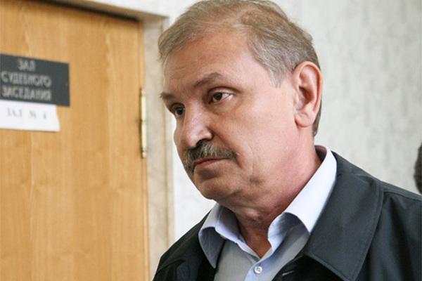 На шее умершего подельника Березовского нашли следы удушения