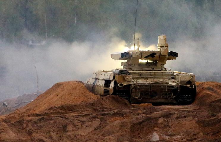 Минобороны РФ приняло на вооружение боевые машины поддержки танков 'Терминатор'