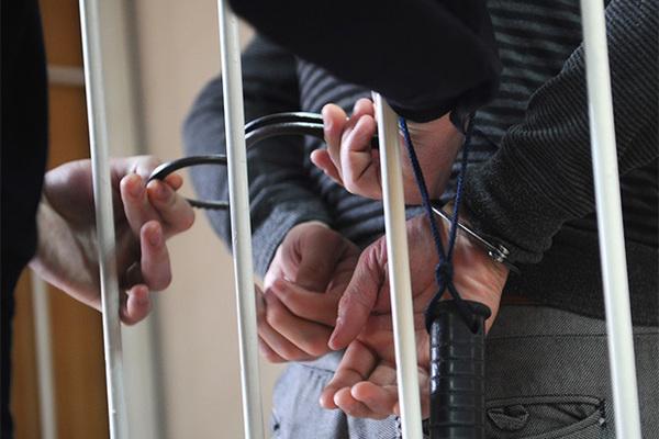 Аферист обманул жалостливых женщин на миллионы рублей и сбежал от суда