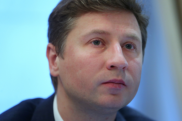 Банк России удивился слабому рублю
