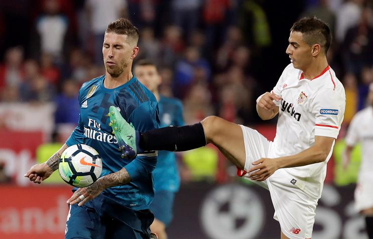 Мадридский 'Реал' проиграл 'Севилье' в чемпионате Испании по футболу