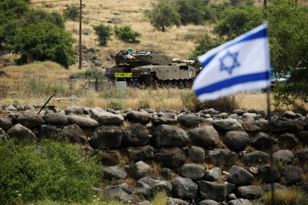 Иран выпустил 20 ракет по позициям Израиля