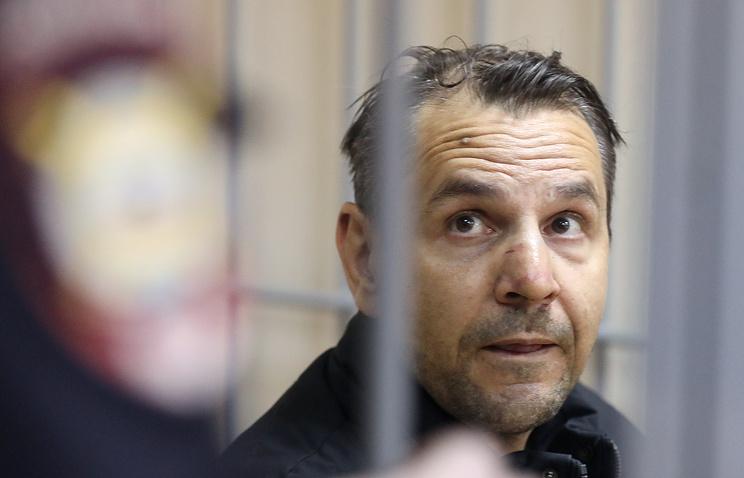 Суд отправил на принудительное лечение напавшего на журналистку 'Эха Москвы' Фельгенгауэр