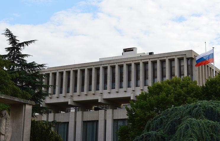 Посольство РФ запросило французские власти о гражданстве совершившего нападение в Париже