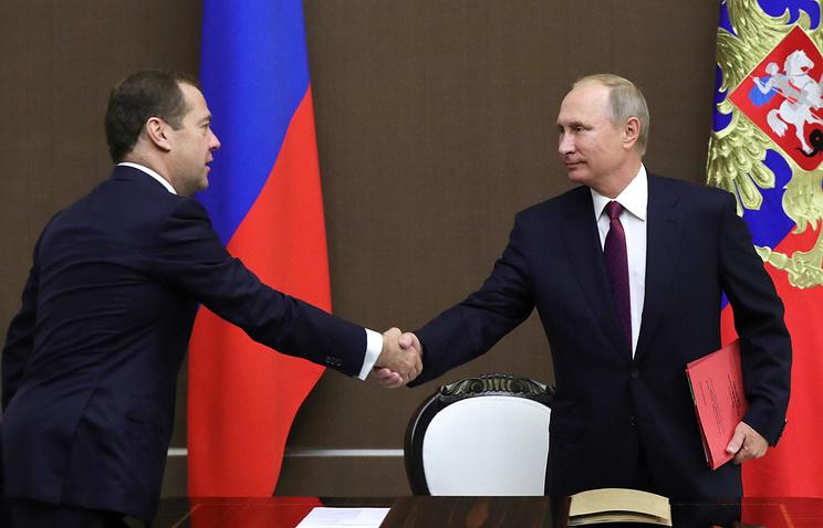 Путин начал встречу с Медведевым, обсуждается структура будущего кабмина
