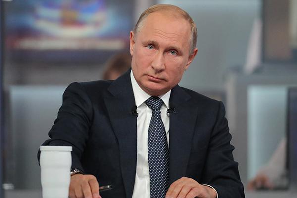 Путин предрек Украине развал в случае наступления на Донбасс