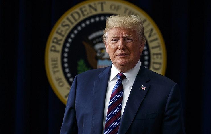 """Трамп заявил, что Канада и Франция облагают США """"огромными торговыми пошлинами"""""""