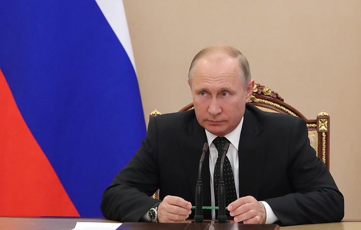 Путин освободил Кожина от должности помощника президента