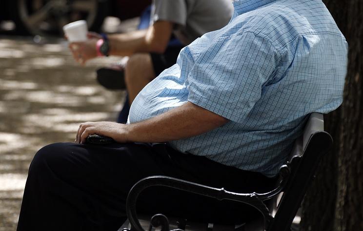 Ученые выяснили, что жировые отложения в области живота связаны с риском развития деменции