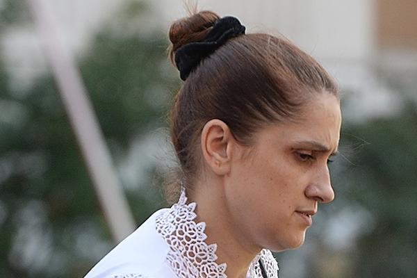 Мать сестер-убийц рассказала об ужасах жизни с их отцом