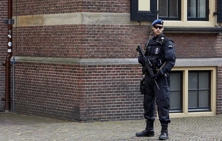 СМИ: в Нидерландах арестовали россиян, якобы пытавшихся украсть данные из химлаборатории