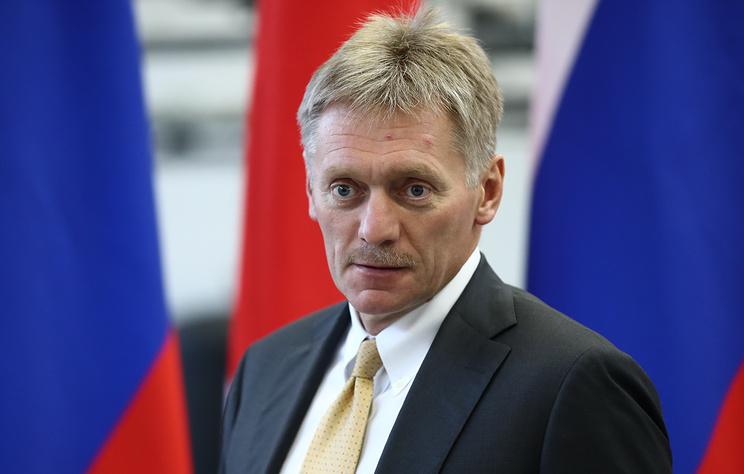 Песков назвал абсурдной реакцию Лондона на интервью Петрова и Боширова
