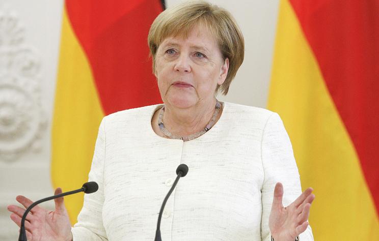 Меркель заявила, что Украина должна остаться страной энергетического транзита