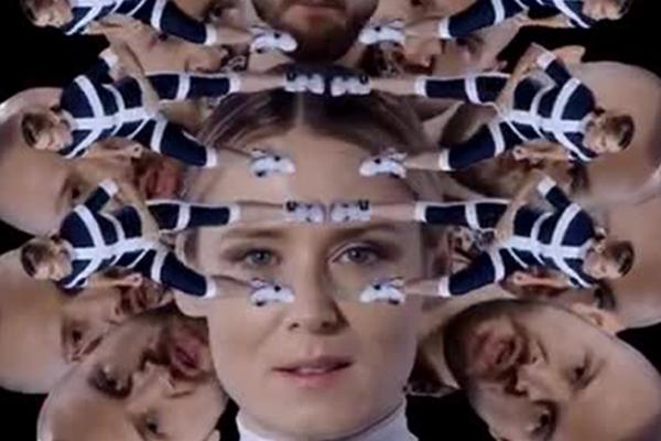 Певица Рошин Мерфи стала режиссером своего клипа