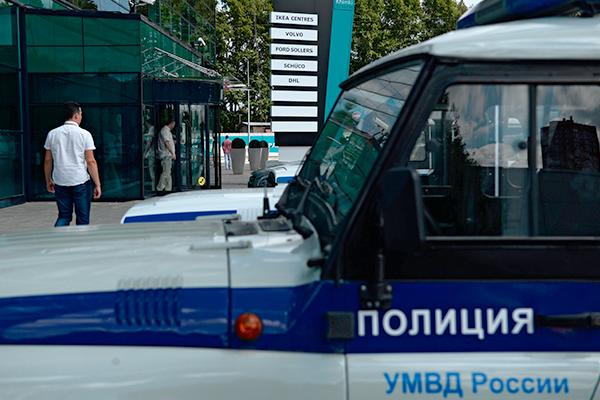 Сотрудника московской полиции задержали за кражу пяти компьютеров с работы