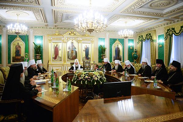 Константинополь пригрозил РПЦ