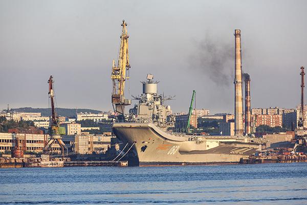 Плавдок «Адмирала Кузнецова» оказался неподъемным