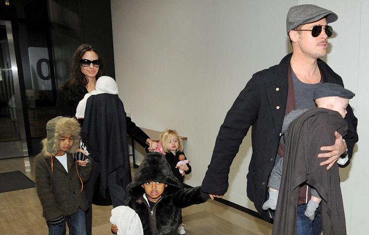Анджелина Джоли и Брэд Питт согласовали условия опеки над детьми в рамках развода