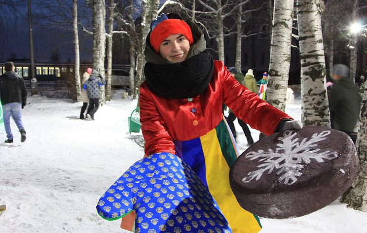 В Архангельске отметили день рождения снеговика