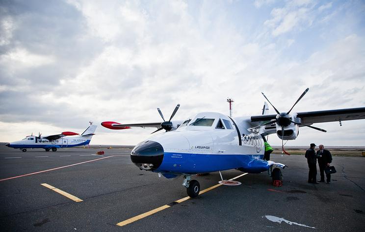 Самолет L-410 совершил вынужденную посадку в Чите