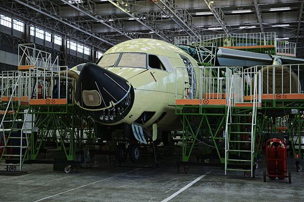 Перетяжеленный Ил-112В полегчает