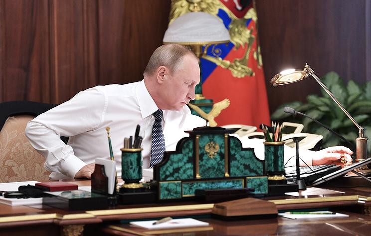 Песков рассказал о самых активных рабочих часах Путина
