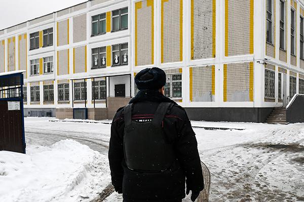 В истории московского школьника с ножом усмотрели доведение до самоубийства