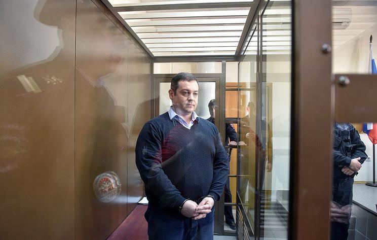 Суд смягчил приговор Китуашвили и освободил его от отбывания наказания