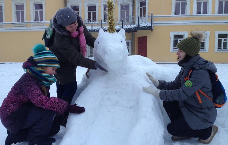 В Архангельске прошел семейный фестиваль снежных фигур