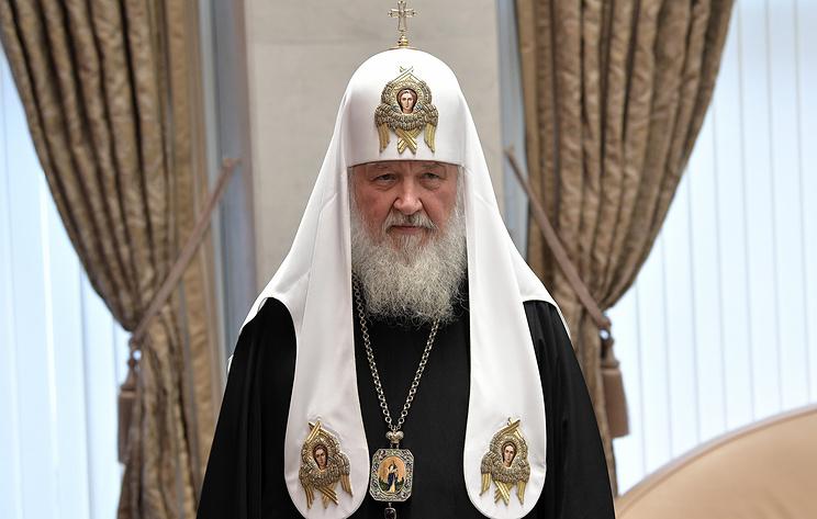 Патриарх Кирилл поздравляет российского космонавта на МКС с Рождеством. Видеотрансляция