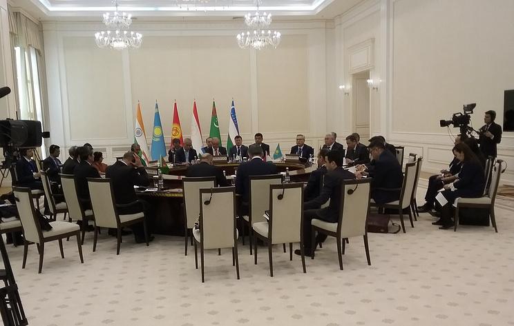 """В Самарканде началась первая встреча на уровне глав МИД диалога """"Индия - Центральная Азия"""""""