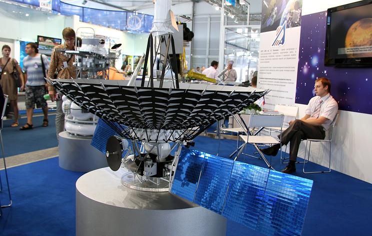 """В Роскосмосе заявили, что """"Спектр-Р"""" пока не реагирует на команды с Земли"""
