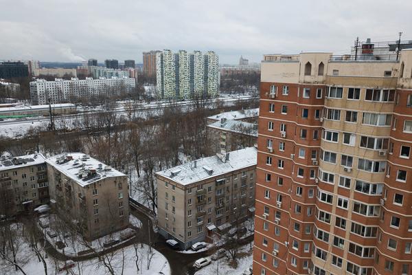 Москвичи нашли способ побороть падение доходов