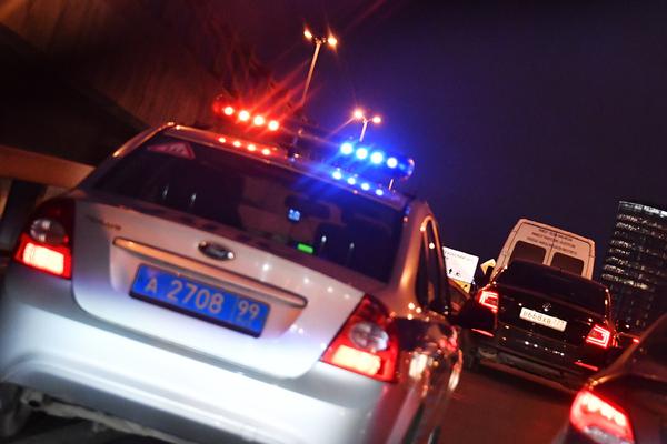 Сотрудника ФСБ избили на улице в Москве