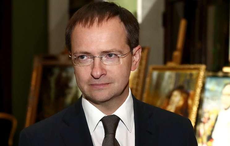 Мединский объявил выговор директору Третьяковки после инцидента с картиной Куинджи