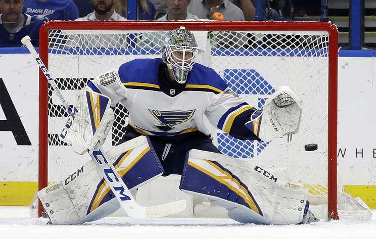 """Голкипер """"Сент-Луиса"""" Биннингтон признан первой звездой недели в НХЛ"""