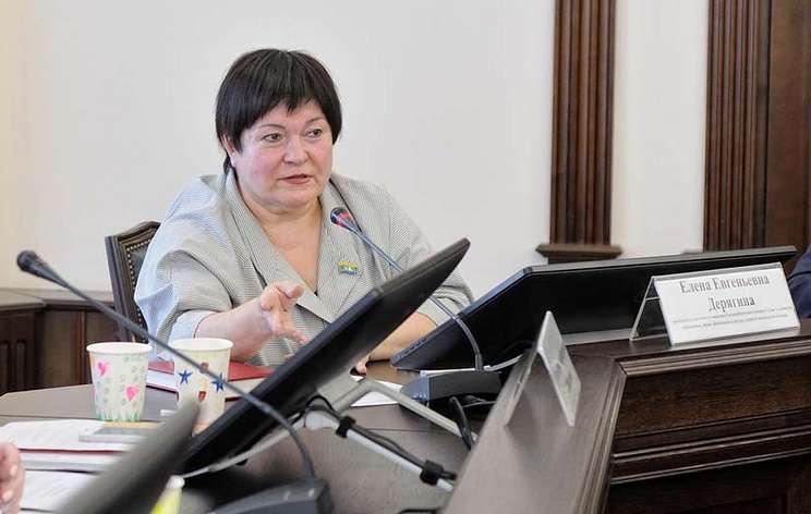 Гордума Екатеринбурга не стала наказывать депутата за слова о питании в начальной школе