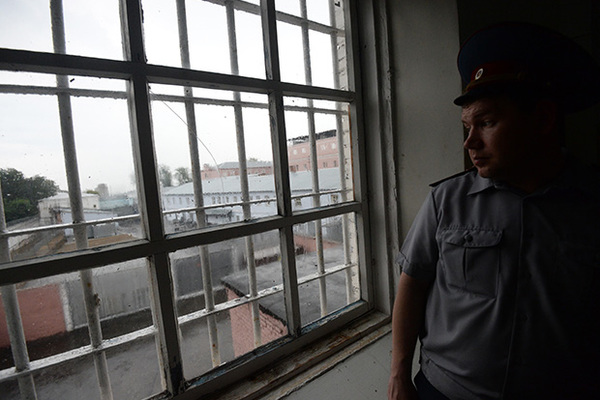 Зеки «Владимирского централа» объявили голодовку