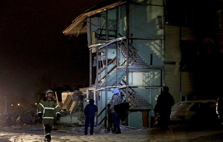 Число жертв взрыва газа в жилом доме в Красноярске выросло до двух