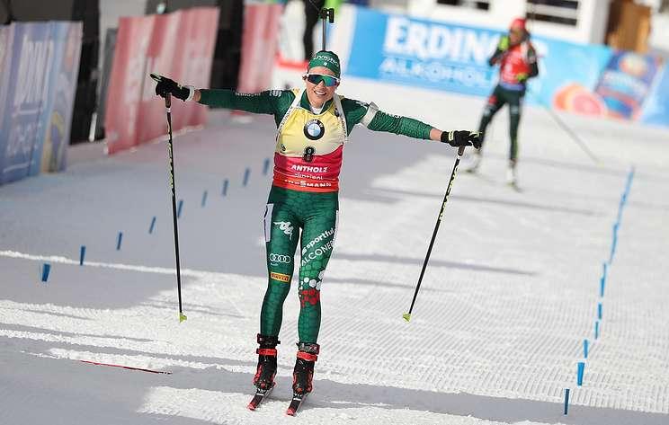 Итальянские биатлонисты Хофер и Вирер выиграли одиночную смешанную эстафету на этапе КМ