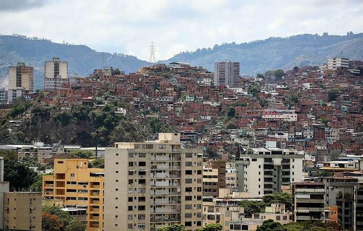 В Каракасе нет света, воды и телефонной связи