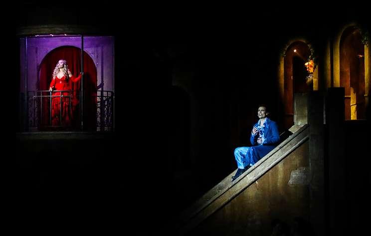"""Премьера оригинального мюзикла """"Ромео и Джульетта"""" собрала аншлаг в Москве"""