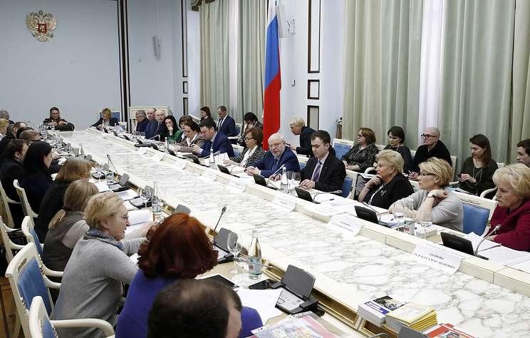 СПЧ просит Путина отклонить законы о фейковых новостях и оскорблении госсимволов