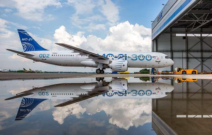 """""""Ведомости"""": в правительстве предложили """"Победе"""" закупить МС-21 вместо Boeing 737 MAX"""