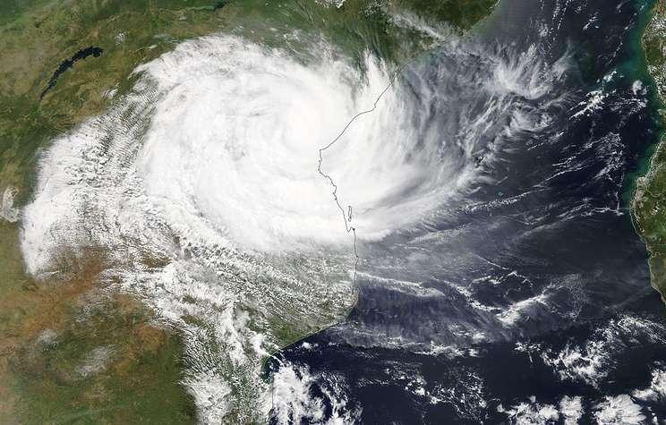 """Тропический циклон """"Идай"""" унес жизни 24 человек в Зимбабве"""