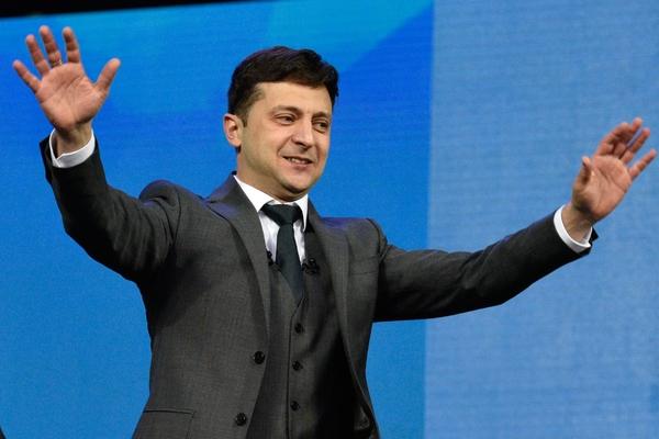 В штабе Зеленского ответили на требование снять его с выборов